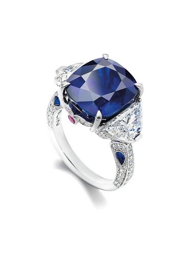 GUBELIN-Kashmir Sapphire Ring