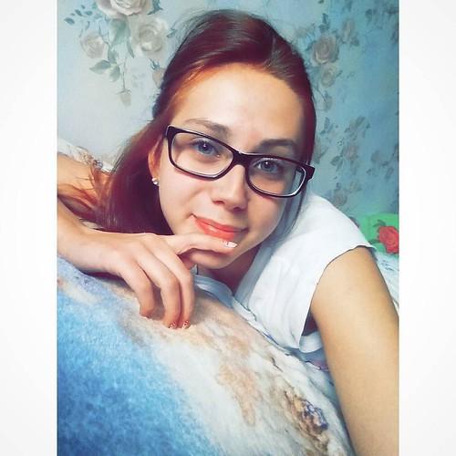 ?? #Instagram #vsco #vscocam #vscocamer #Russia #instalike #instasize #autumn #vscogood #instagood #mrrr #russingirl by sw_perovskaya - Ковров