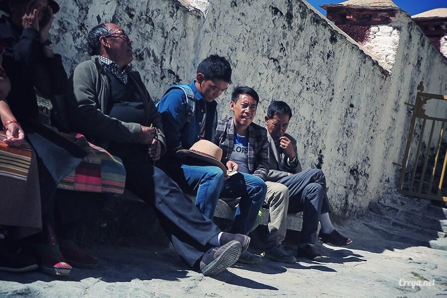 2015.12.04| Tibet 西藏踢北去 | 藏人的精神殿堂布達拉宮,但或許不只我們高山反應沒精神…09.jpg