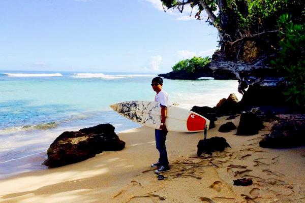 Surfing Tanjung Sopi 2