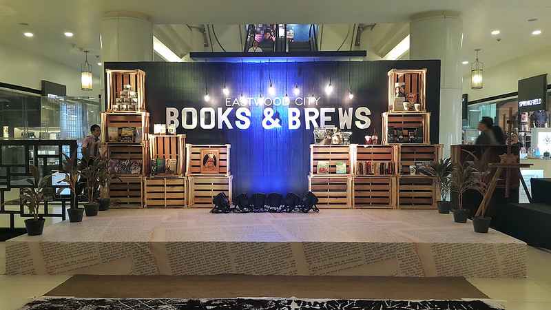 Books and Brews 20150907_193308