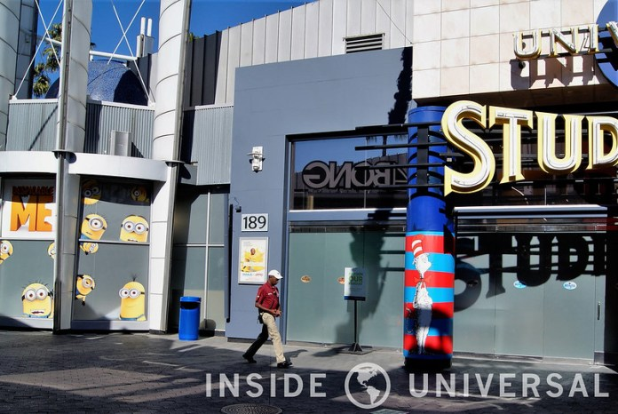 Photo Update: December 19, 2015 - Universal Studios Hollywood - Universal Studio Store