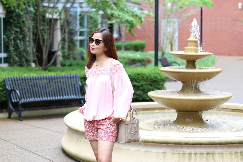 PInk-off-shoulder-top-floral-shorts-1