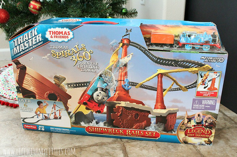 If you're still looking for a gift for your little engineer this Christmas, look no further! Thomas & Friends always makes the best Christmas gift for little boys!