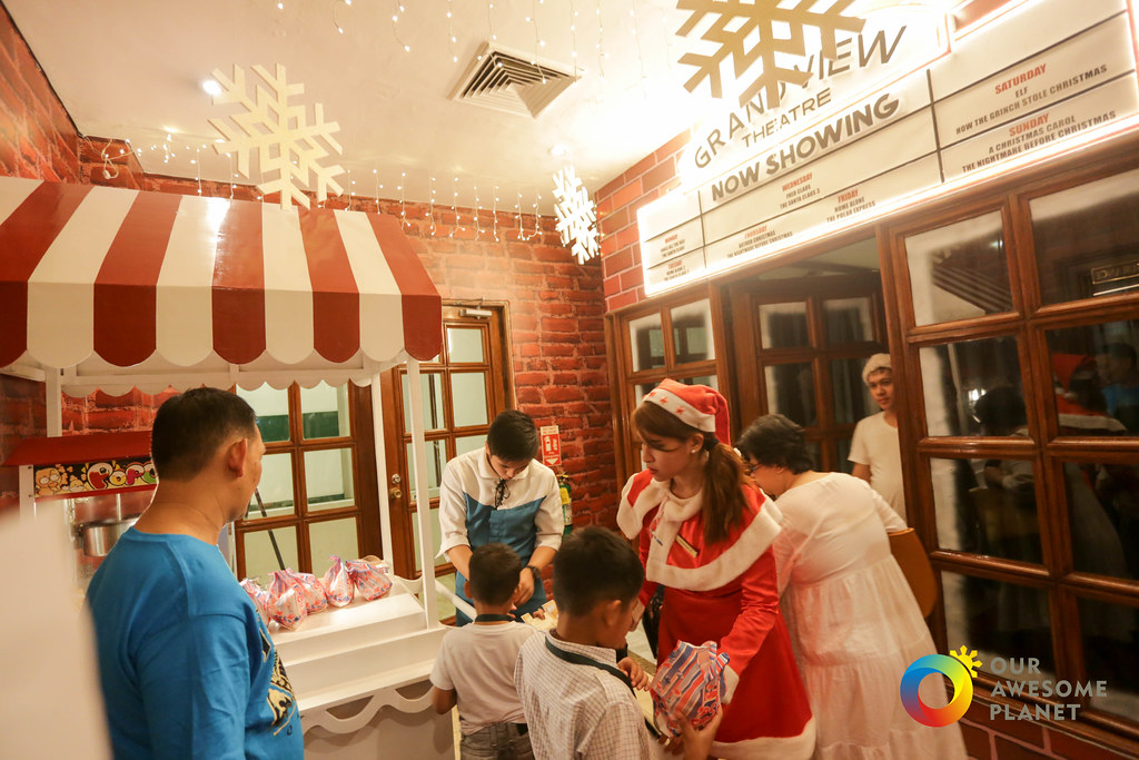 Manila Hotel Christmas Day 2-57.jpg