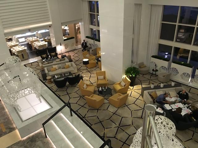 Lobby - Royal Meridien Abu-Dhabi