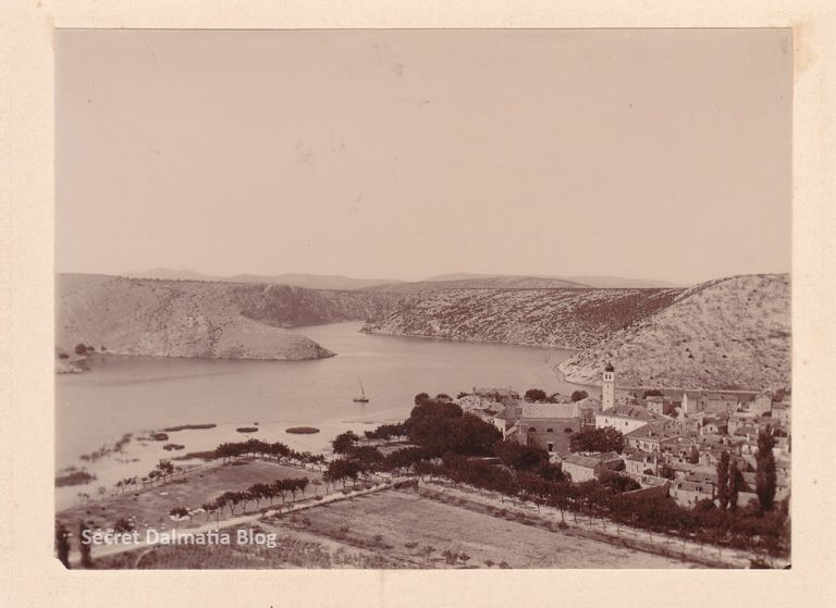Skradin 1900... no marina, no bridge, no trees