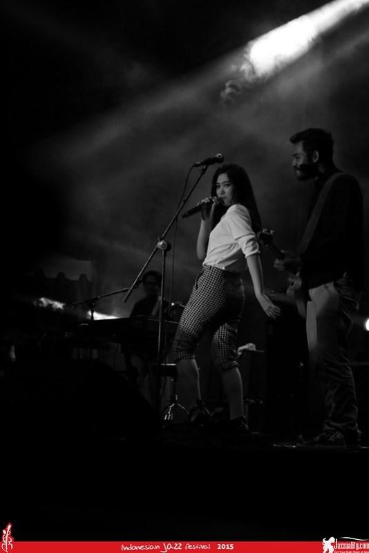 Indonesian Jazz Festival 2015 - Isyana Sarasvati (2)