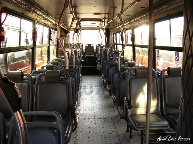 Transantiago - Redbus Urbano - Caio Apache S21 / Mercedes Benz (XY3613) (272)