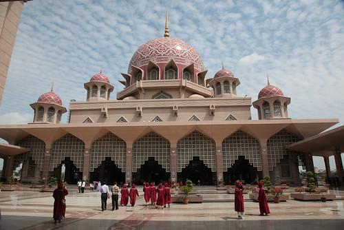【2015大馬吉隆坡、檳城之旅】布城的布特拉清真寺+吉隆坡馬里安曼興都廟(11 ys)