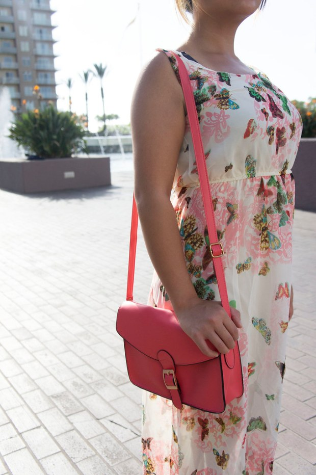 Maxi Dress with Pink Purse