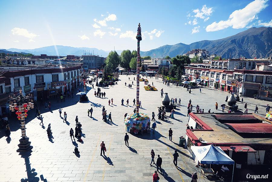 2015.12.09 | Tibet 西藏踢北去 | 尋找藏人真正的拉薩中心,被信仰力量震撼的大昭寺與舊城區 17.jpg