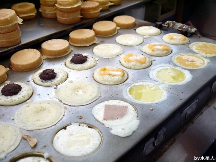 30528277455 f52ea434dc b - 台中西屯【東海紅豆餅】口味不少且新奇,把OREO放進車輪餅裡了,還有起司牽絲的胡椒蛋
