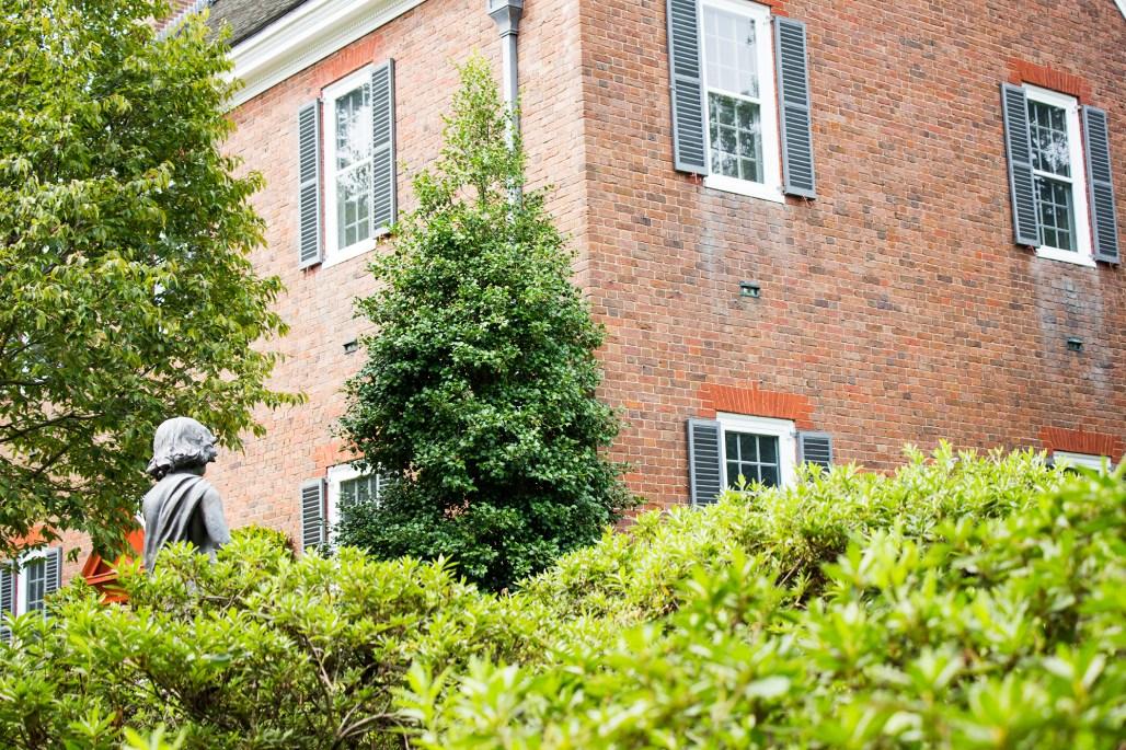 mt-cuba-gardens-delaware-house-windows
