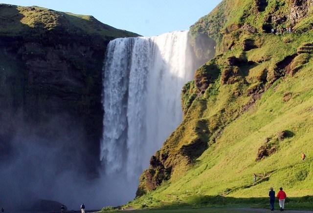 Skogafoss. Cataratas más bonitas de Islandia.