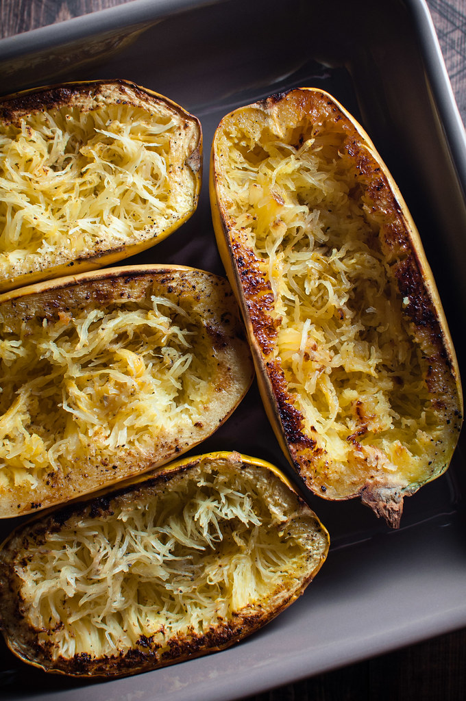 Spaghetti squash for lentils and cheese filling