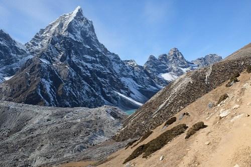 Wicked peaks below Dughla
