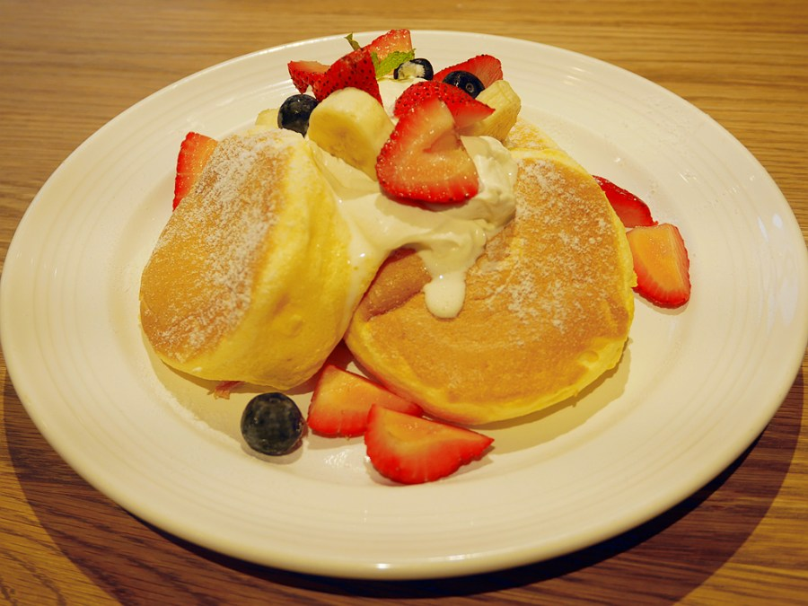 [林口美食]J.S. FOODIES Tokyo奇蹟的舒芙蕾鬆餅 MITSUI OUTLET PARK.下午茶時光 @VIVIYU小世界