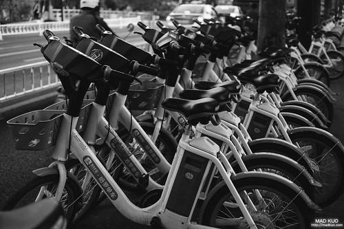 共享電單車。