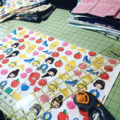 """More #showprep - cutting all the tall wedges so @heather_kristine can press them and I can sew them later! Massachusetts S&W is four days away, will I get 120 bags done before we have to leave Friday? #sewsewsew #sewingallthethings #massachusettssheepandw • <a style=""""font-size:0.8em;"""" href=""""http://www.flickr.com/photos/85938040@N00/47892688131/"""" target=""""_blank"""">View on Flickr</a>"""