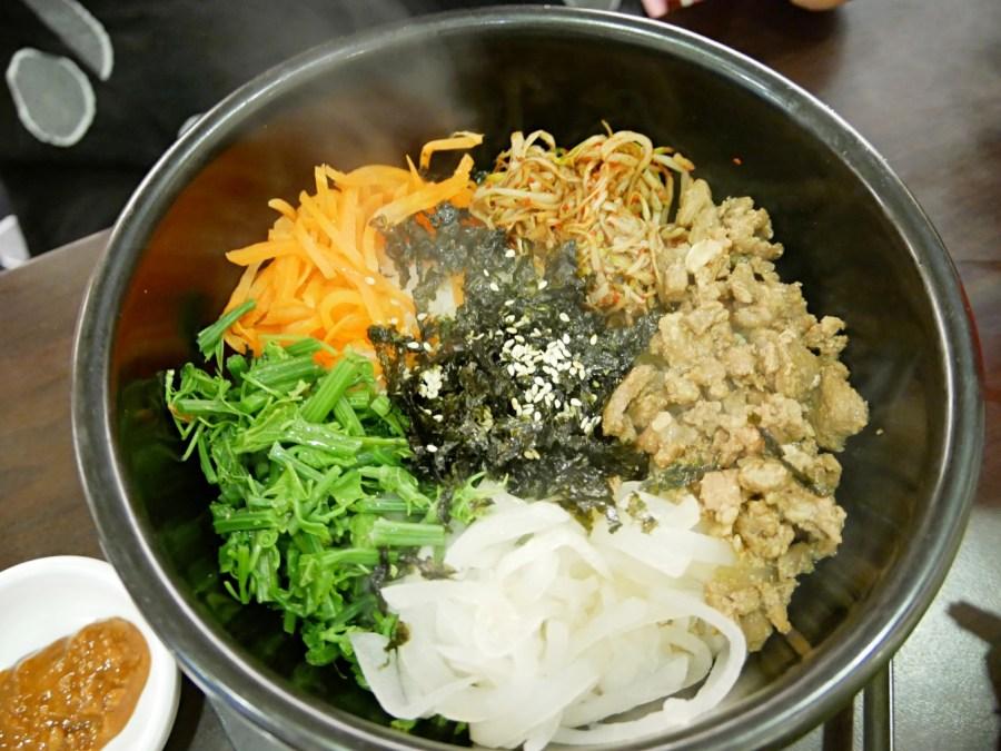 [桃園美食]嗨摩妮.韓國烤肉|武陵高中旁~韓劇裡常出現的韓式炸醬麵&烤肉 @VIVIYU小世界