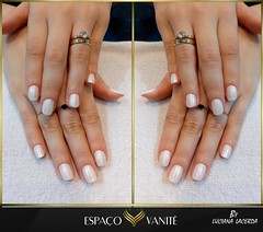 "Unhas-brancas-luciana-1002 • <a style=""font-size:0.8em;"" href=""http://www.flickr.com/photos/141532912@N04/47989634612/"" target=""_blank"">View on Flickr</a>"