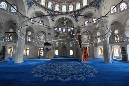 """Yeni Cami (New Mosque) - Istanbul, Turkey • <a style=""""font-size:0.8em;"""" href=""""http://www.flickr.com/photos/104409572@N02/48206255936/"""" target=""""_blank"""">View on Flickr</a>"""