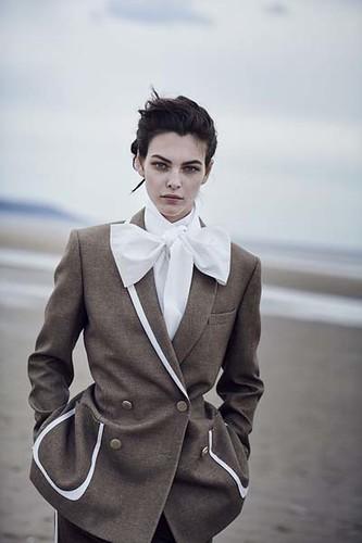 Vogue-Alemanha-julho-2019_fotografada_por_Peter-Lindbergh_08