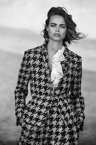 Vogue-Alemanha-julho-2019_fotografada_por_Peter-Lindbergh_018
