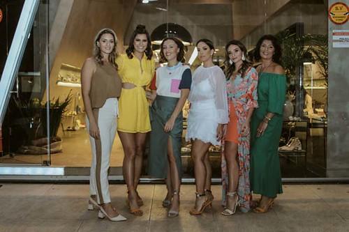 Gabriela Aquino, Elis Miele, Rafaela Furlanetto, Hathane Rezende, Fernanda Quintão e Roseli Aquino