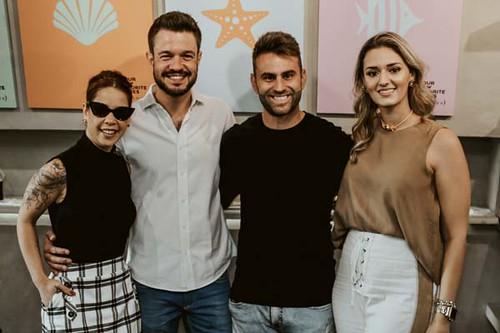 Bruna Esposito com os representantes da Vicenza e Gabriela Aquino, da Zargot