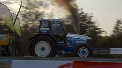 Tractor-pulling-New-holland-8360-ford-Power-Truck-show-2019