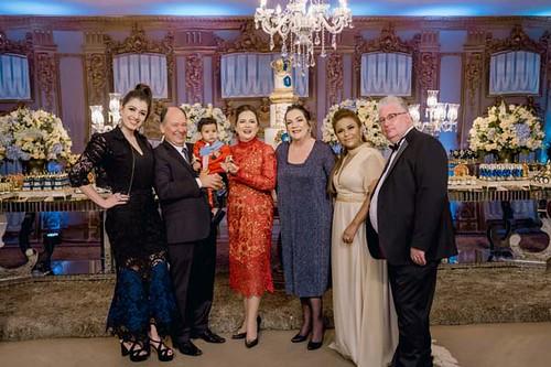 Sílvia Torquetti, Paulo Roberto Torquetti, Benjamin, as madrinhas Ana Torquetti e Cristina Lodi Dias, Michele e Keith