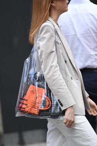 Uma bolsa pra guardar a bolsa