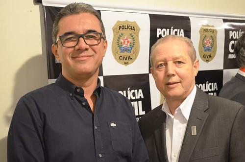 Wallace Barreto e José Maria Facundes - Solenidade de entrega da Medalha Distinção Polícia Civil de 2019 - Foto Emmanuel Franco (5)
