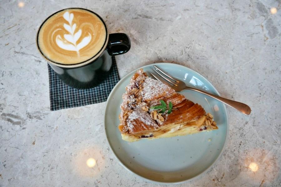 [台北松山區]光景 Scene Select|捷運台北小巨蛋站~綠意盎然歐式咖啡館.甜點值得品嚐 @VIVIYU小世界