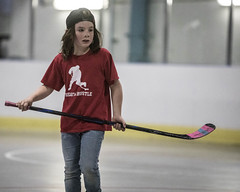 2019-05-04_0065_elliot-negelev_ramone-birthday-party-ball-hockey