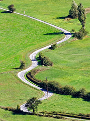 France - Seranon - The road not straight