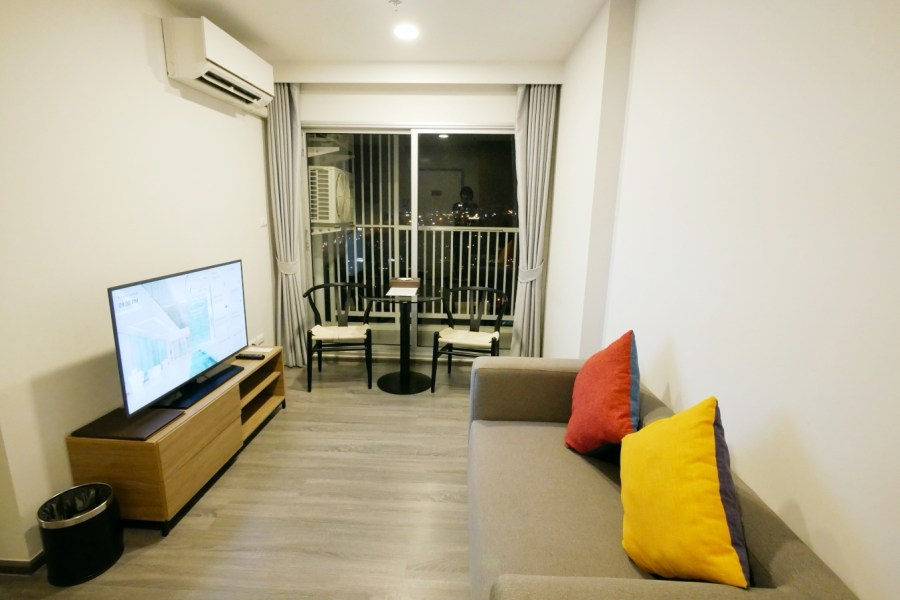 [芭達雅住宿]中心點飯店 (Centre Point Hotel Pattaya)|適合小資族入住不到仟元一晚房型~享有免費mini吧 @VIVIYU小世界