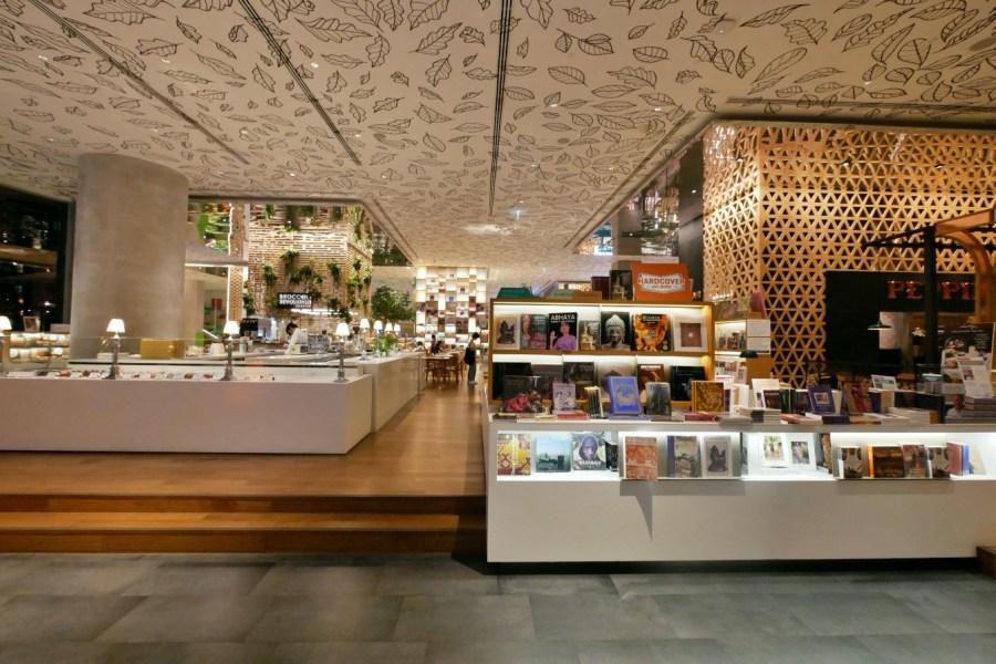 [曼谷美食]Paris Mikki~Open House at Central Embassy 文青書店超美空間.坐在書店裡吃法式甜點 @VIVIYU小世界
