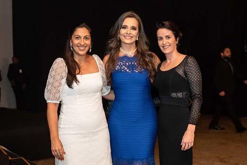 Ana Gabriela Dias, diretora de comunicação da Usiminas, Carla Vilhena e Rita Rebelo, presidente da Caixa de Previdência da Usiminas