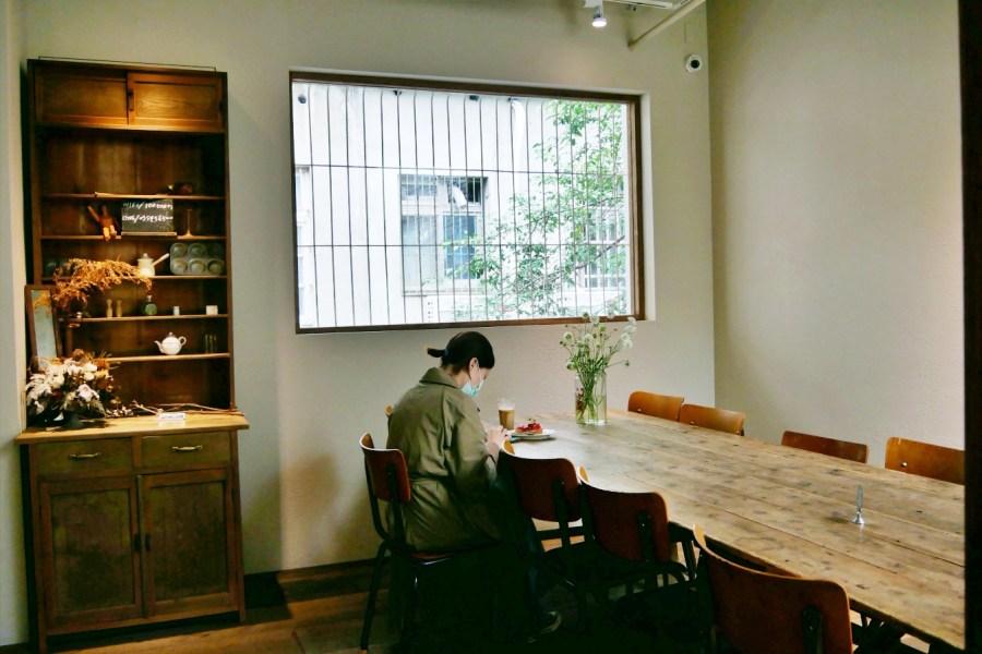 [新竹美食]一百種味道 新竹巨城旁甜點店~獨棟老宅複合式選品店.必嚐新鮮水果塔 @VIVIYU小世界