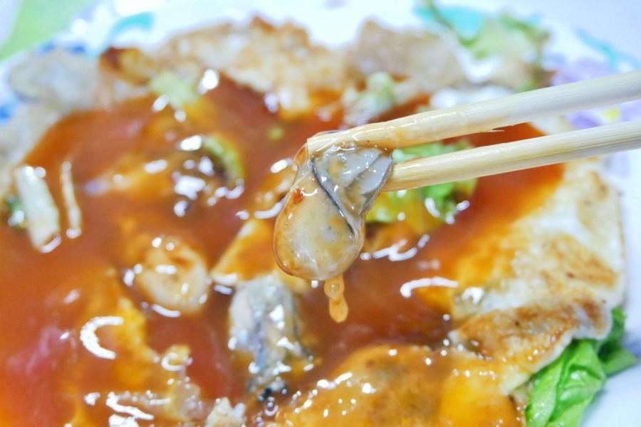 [嘉義美食]素蘭海產小吃|東石漁人碼頭旁海鮮街~東石蚵仔煎創始店.銅板小吃 @VIVIYU小世界