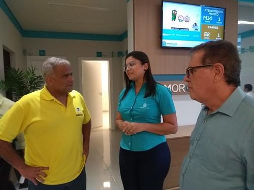 O prefeito de Ipatinga, Nardyelo Rocha, conheceu as instalações e os cuidados, junto com Altair Vilar