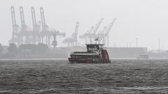 Wolkenbruch im Hamburger Hafen - Heavy Rain over Hamburg