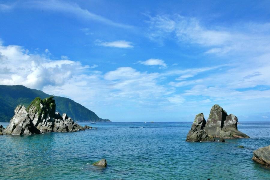 [宜蘭旅遊]東澳灣.粉鳥林漁港 碧綠青山偎傍湛藍海水~礁岩地形海天成一線 @VIVIYU小世界