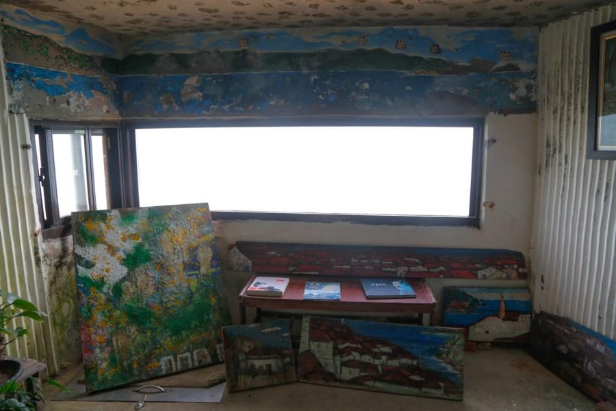 [馬祖南竿]刺鳥咖啡書店|保留戰地12據點~活用戰地坑道空間.變身為獨立書店與海邊美景咖啡館 @VIVIYU小世界