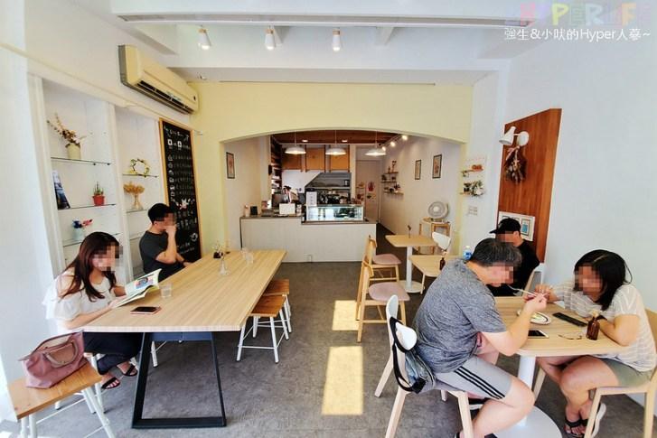 50228066608 7e328f18ef c - 一排民宅中很顯目的純白色小店,Little Oven走小清新韓系風格專賣雪花冰與甜點~