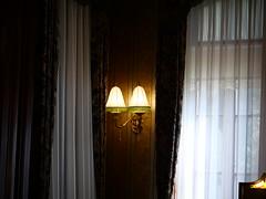 寝室の壁ランプ