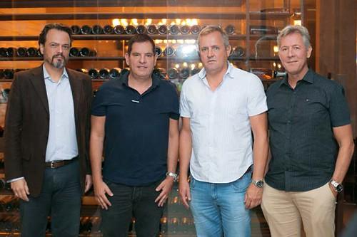 Christiano Moreira com os irmãos Guimarães, Leoncinho, Saturnino e Leonel